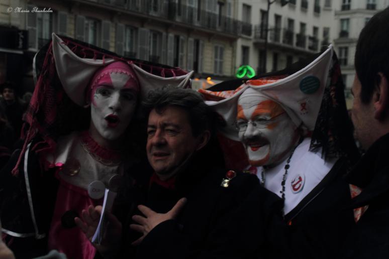 """Jean-Luc Mélenchon, le président du Front de Gauche, le défilé de """"Mariage pour tous"""" à Paris le 16 décembre 2012."""
