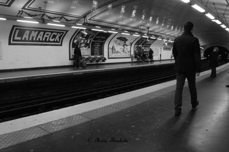 Au quai du métro LAMARCK-COULAINCOURT, 18e arrondissement de Paris, France. Samedi 5 janvier 2013.