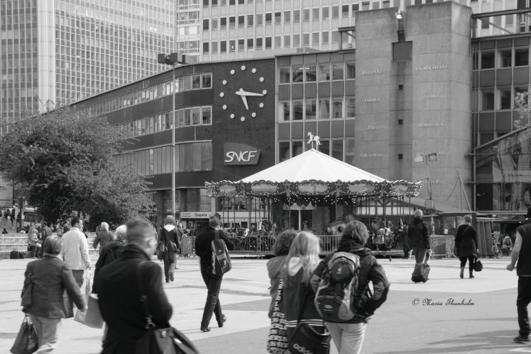 S'échapper à la gare Montparnasse, 75015 Paris, France. Mercredi 15 mai 2013